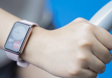 Khám phá đồng hồ thông minh Huawei Watch Fit pin dùng 10 ngày   Công nghệ