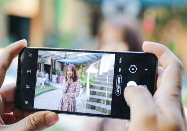Mượn 'Art' tỏ tình bằng Galaxy A12: 1001 cách yêu xa ngày tết   Công nghệ